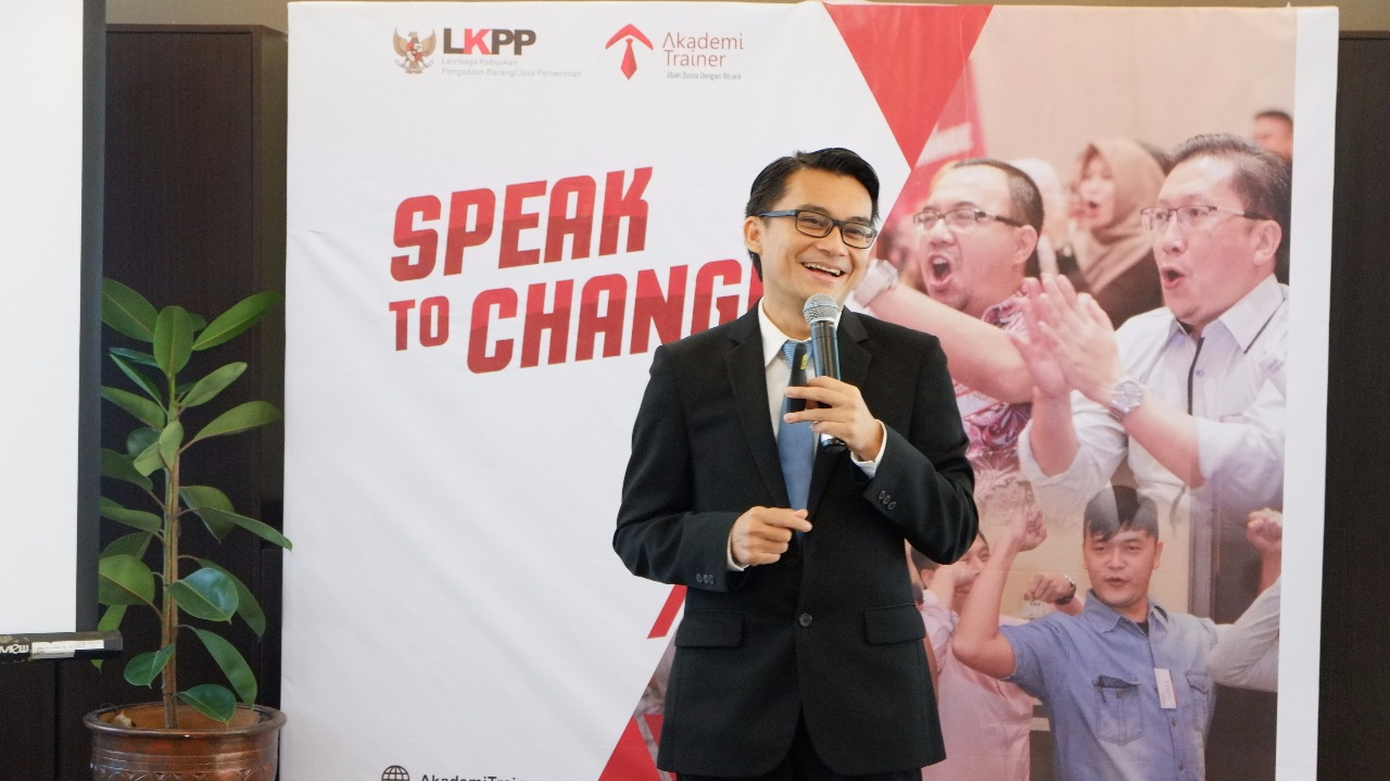 Speak To Change for Marketing - CORPORATE TRAINING INDONESIA