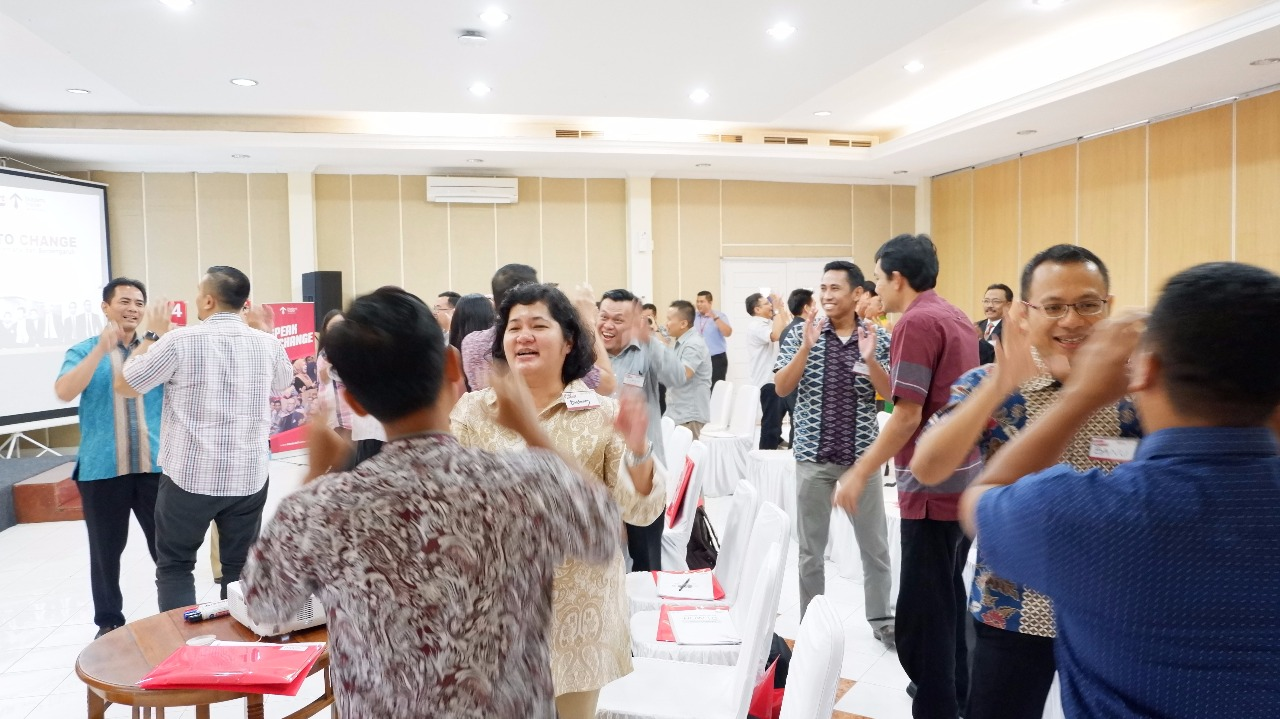 Speak To Change Alfamart - CORPORATE TRAINING INDONESIA