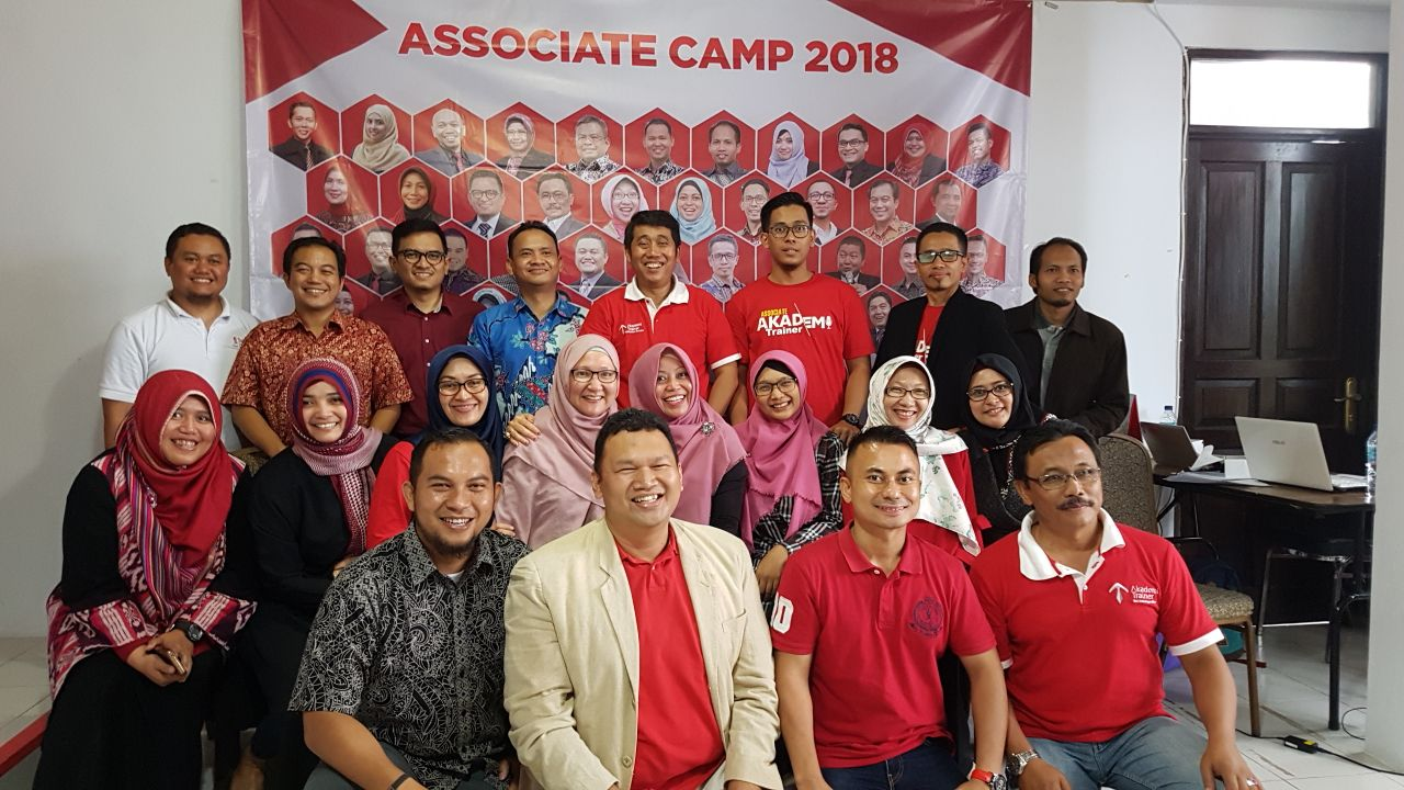 Associate Camp 2018 - CORPORATE TRAINING INDONESIA