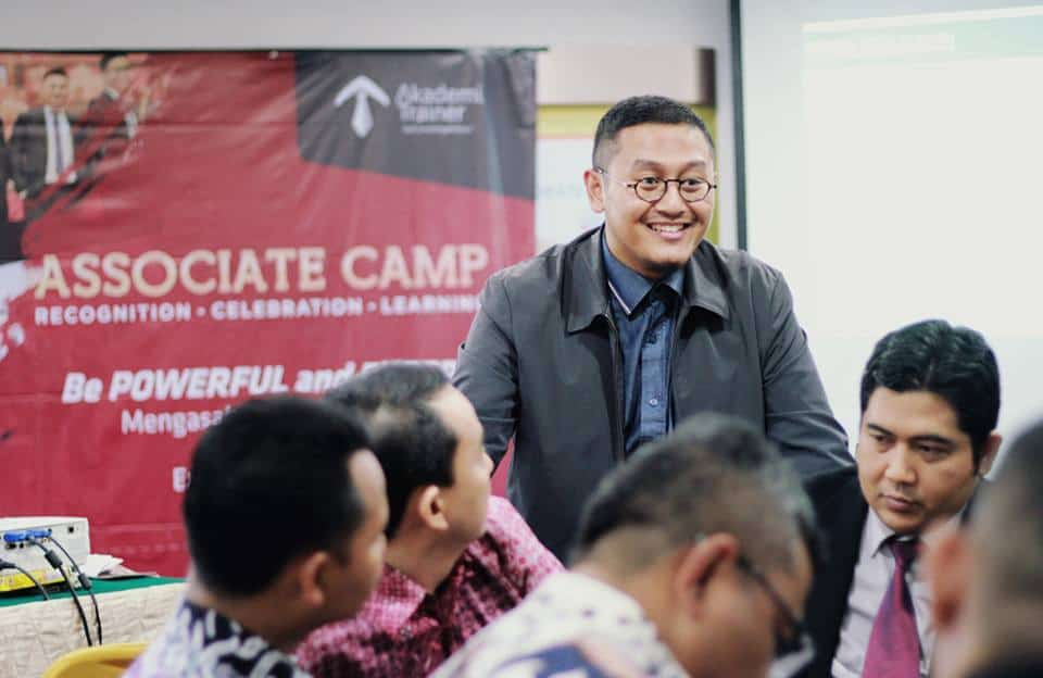 Associate Trainer camp - CORPORATE TRAINING INDONESIA
