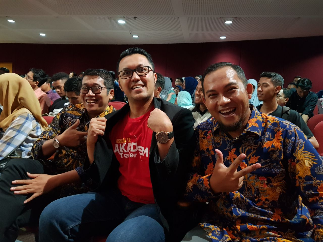 Ubah Indonesia Dengan Bicara - CORPORATE TRAINING INDONESIA
