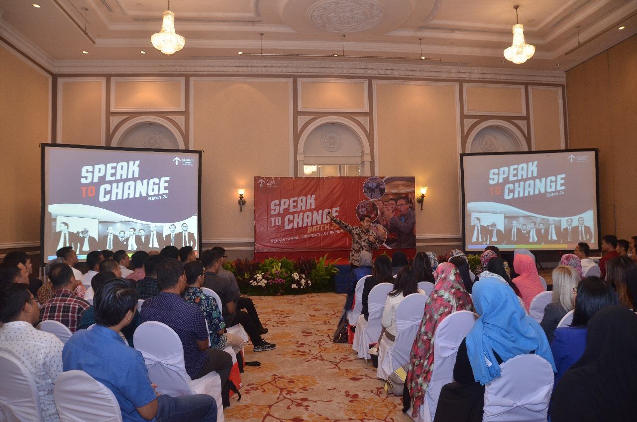 Bukan Malas, Ternyata Komunikasi Penyebab Utama Turunnya Produktivitas Kerja Corporate Training Indonesia