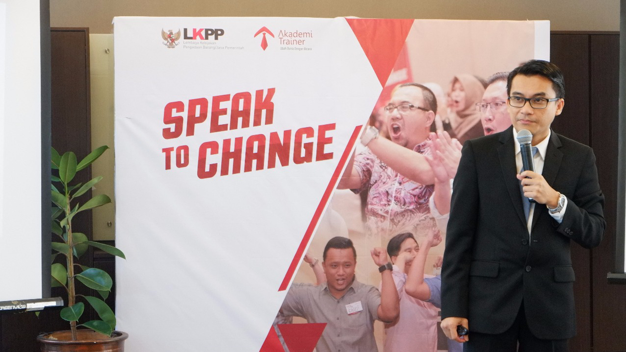 Speak To Change For Leader